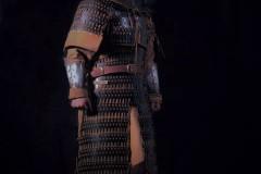 噔,盔甲出炉了   蒙古帝国胸背阔板铁札甲