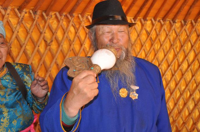 蒙古族传统用具(组图) 第1张