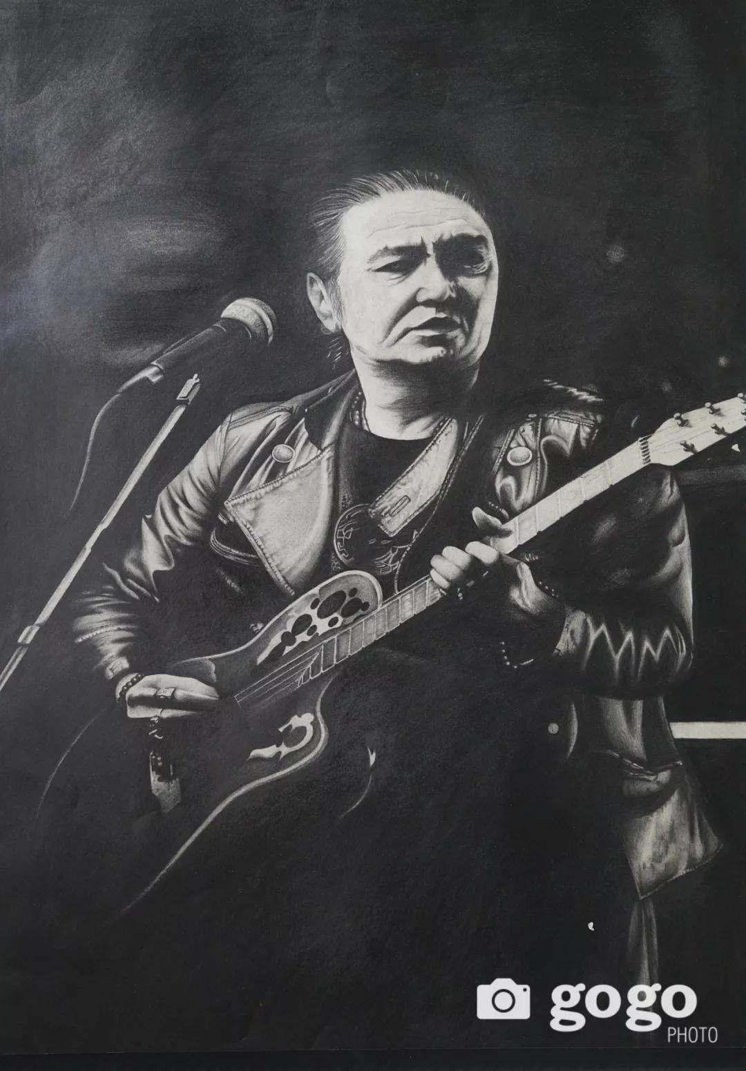 传奇摇滚乐队、流行歌手、艺术家肖像画展在蒙古国开幕20180531_081545_004.jpg