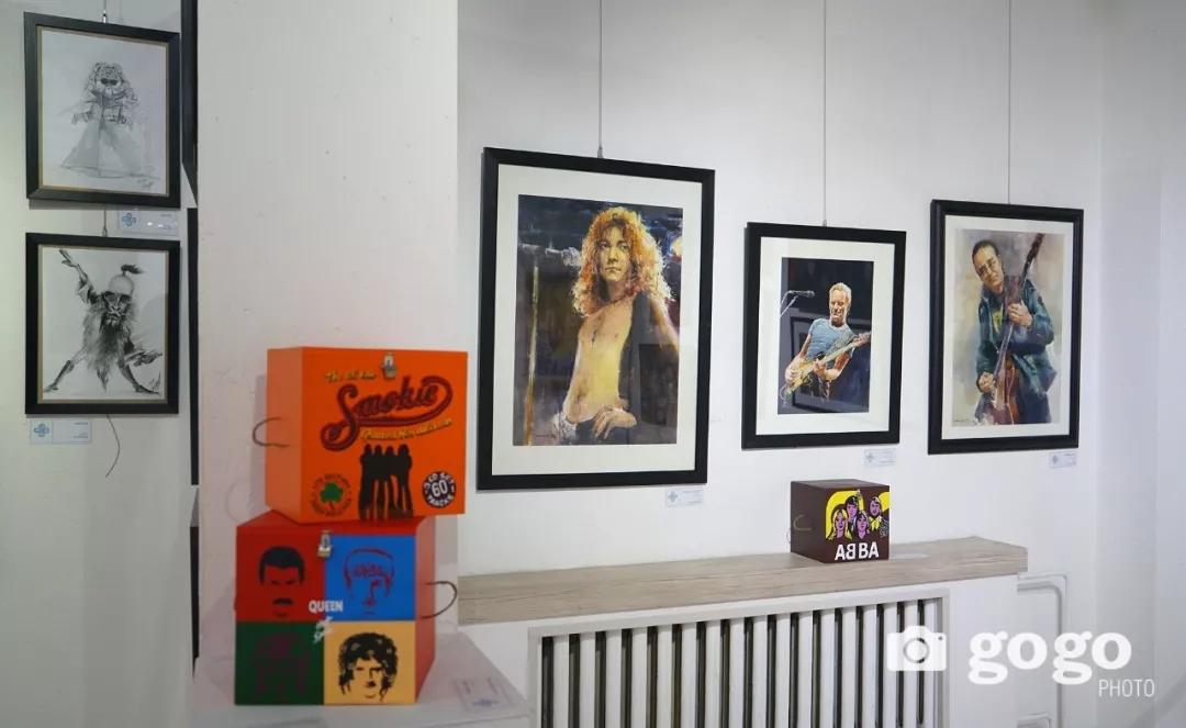 传奇摇滚乐队、流行歌手、艺术家肖像画展在蒙古国开幕 第17张