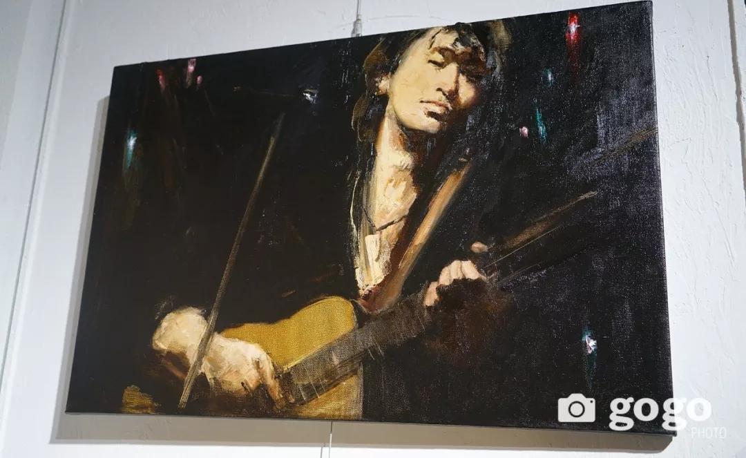 传奇摇滚乐队、流行歌手、艺术家肖像画展在蒙古国开幕 第31张