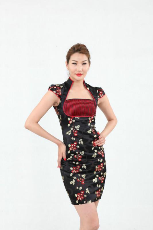 【风彩蒙古】值得借鉴!蒙古风格的时尚服装设计 第9张
