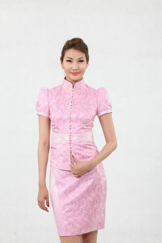 【风彩蒙古】值得借鉴!蒙古风格的时尚服装设计 第14张