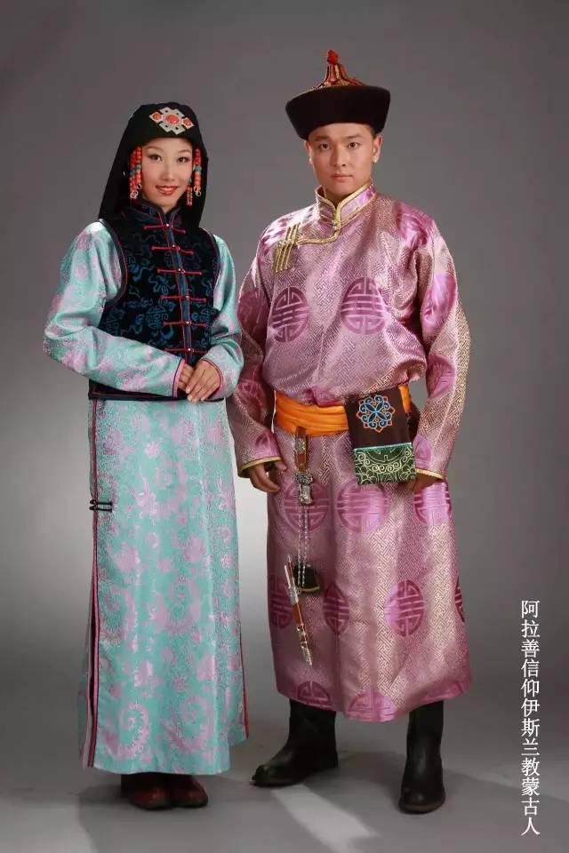 内蒙古蒙古族28部落的108套标准服饰和34组头饰 第16张