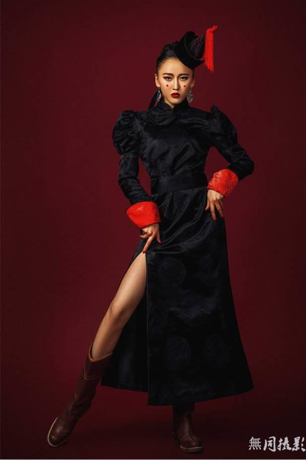 穿蒙古服饰的姑娘,太美了.... 第5张