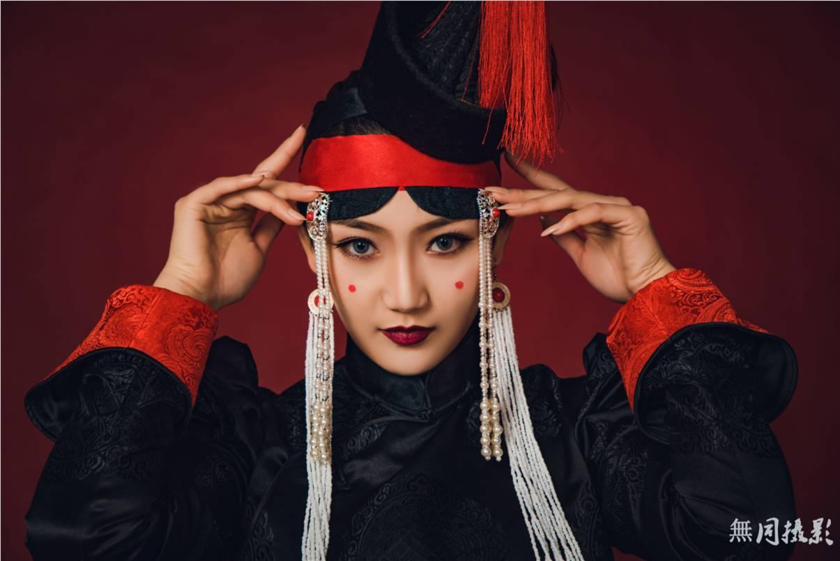 穿蒙古服饰的姑娘,太美了.... 第7张