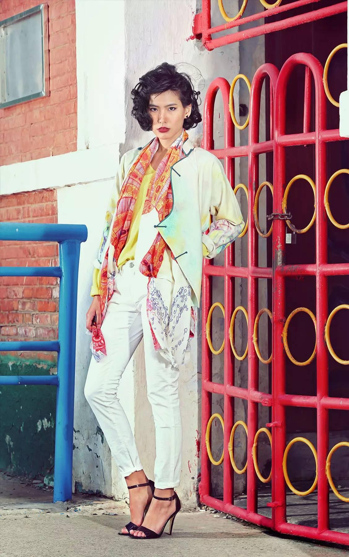 【蒙古服饰】蒙古国知名大牌GOBI 最新流行服饰展播 美呆了 第6张