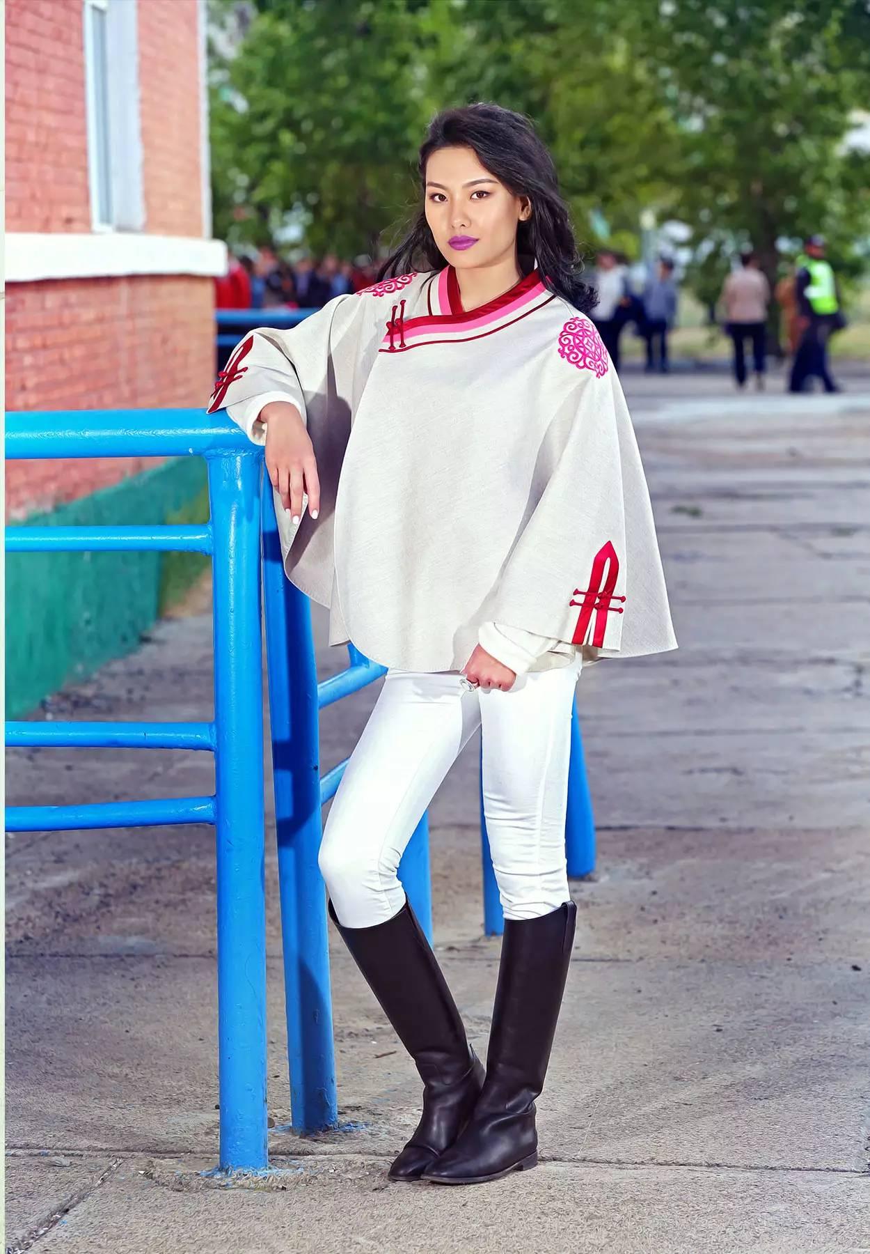 【蒙古服饰】蒙古国知名大牌GOBI 最新流行服饰展播 美呆了 第7张