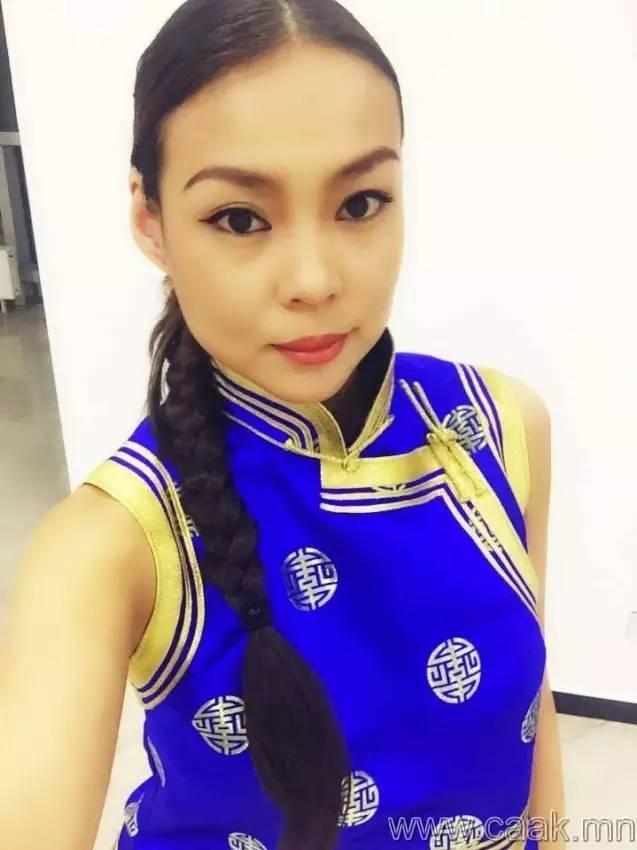 美丽的蒙古女孩 漂亮的蒙古服饰 第6张