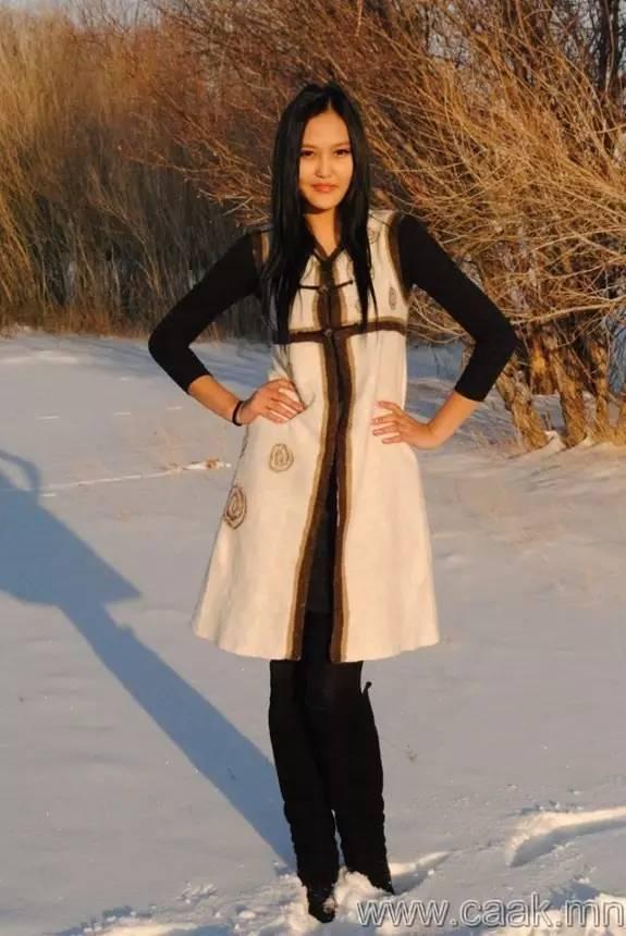 美丽的蒙古女孩 漂亮的蒙古服饰 第20张