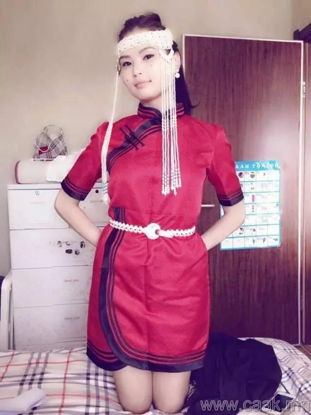 美丽的蒙古女孩 漂亮的蒙古服饰 第19张