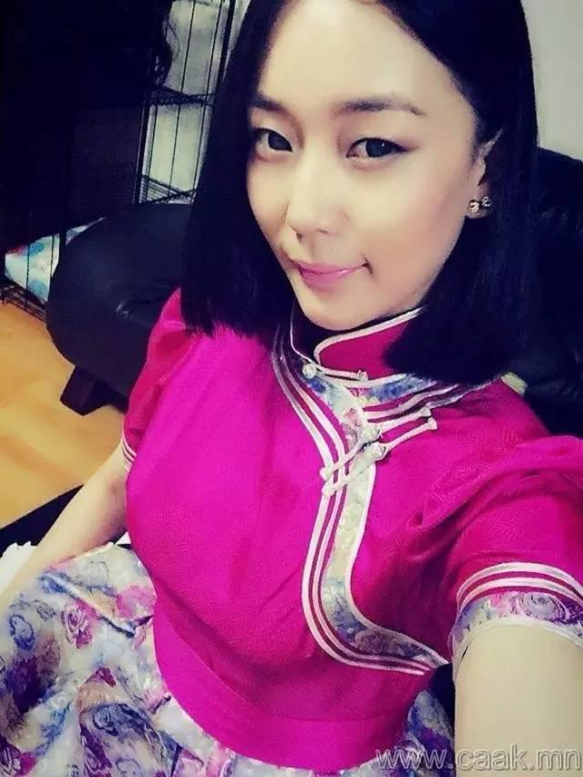 美丽的蒙古女孩 漂亮的蒙古服饰 第23张