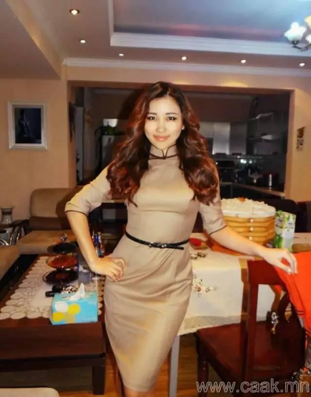 美丽的蒙古女孩 漂亮的蒙古服饰 第21张