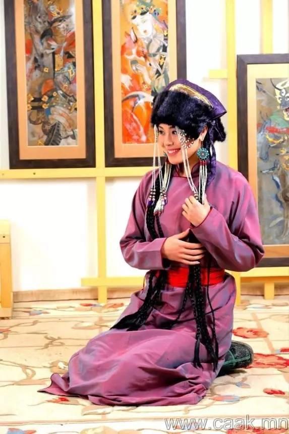 美丽的蒙古女孩 漂亮的蒙古服饰 第22张
