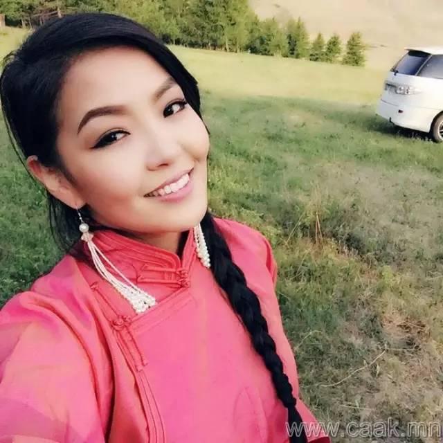美丽的蒙古女孩 漂亮的蒙古服饰 第25张