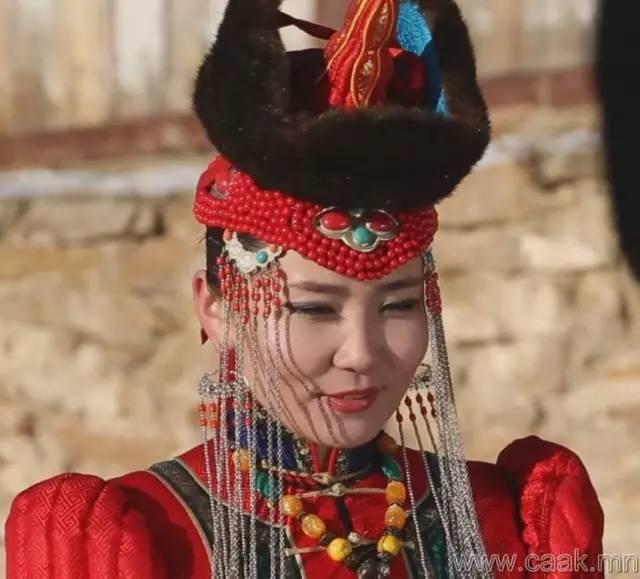 美丽的蒙古女孩 漂亮的蒙古服饰 第30张