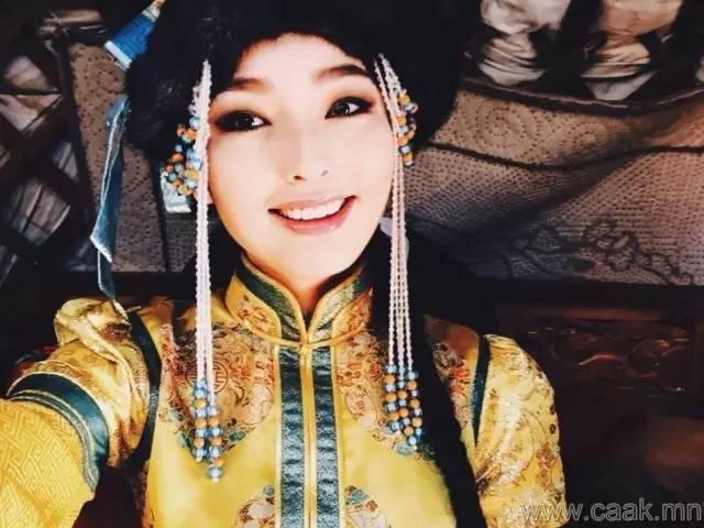 美丽的蒙古女孩 漂亮的蒙古服饰 第37张