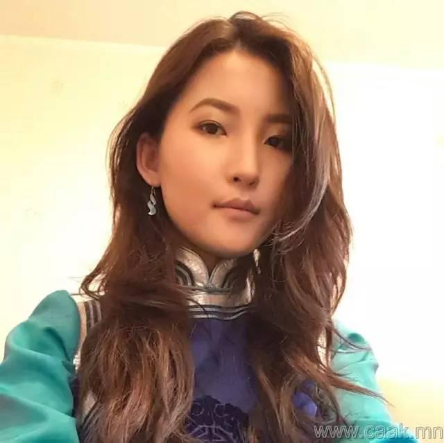 美丽的蒙古女孩 漂亮的蒙古服饰 第34张