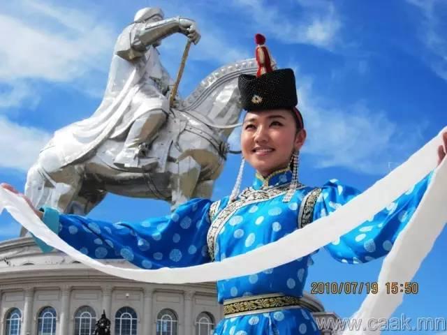 美丽的蒙古女孩 漂亮的蒙古服饰 第40张