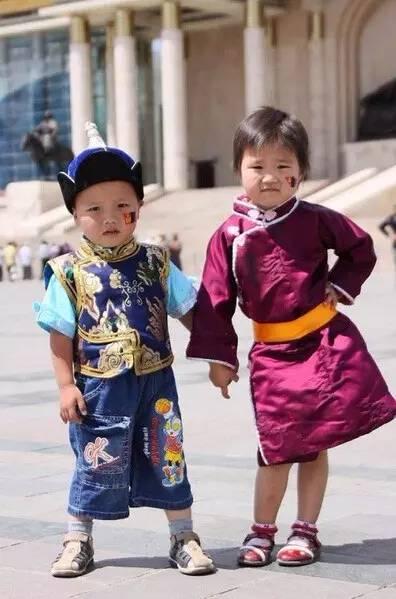 【蒙古服装】儿童蒙古服装展示,非常漂亮! 第4张