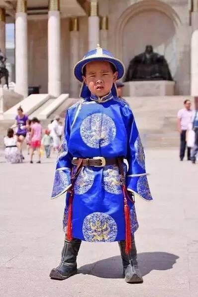 【蒙古服装】儿童蒙古服装展示,非常漂亮! 第5张
