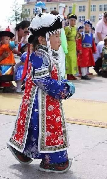 【蒙古服装】儿童蒙古服装展示,非常漂亮! 第7张