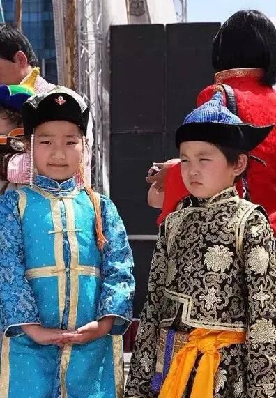【蒙古服装】儿童蒙古服装展示,非常漂亮! 第6张