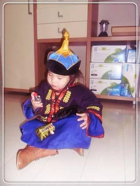 【蒙古服装】儿童蒙古服装展示,非常漂亮! 第18张