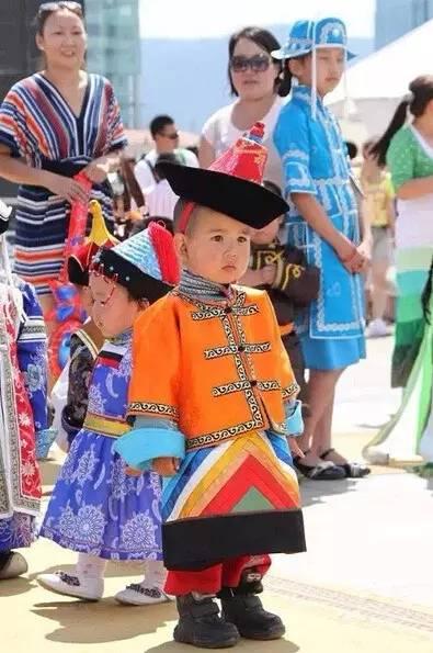 【蒙古服装】儿童蒙古服装展示,非常漂亮! 第15张