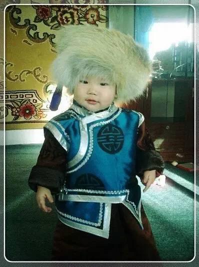 【蒙古服装】儿童蒙古服装展示,非常漂亮! 第19张