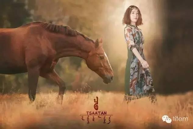 【蒙古服装】蒙古族美女设计师和她的创意作品 第5张