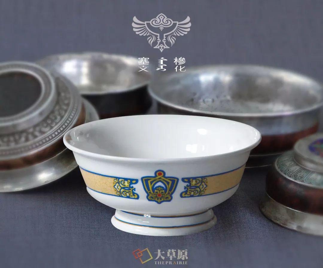 蒙古族特色瓷器如何兼具功能性和审美性?听设计师细细道来 第5张