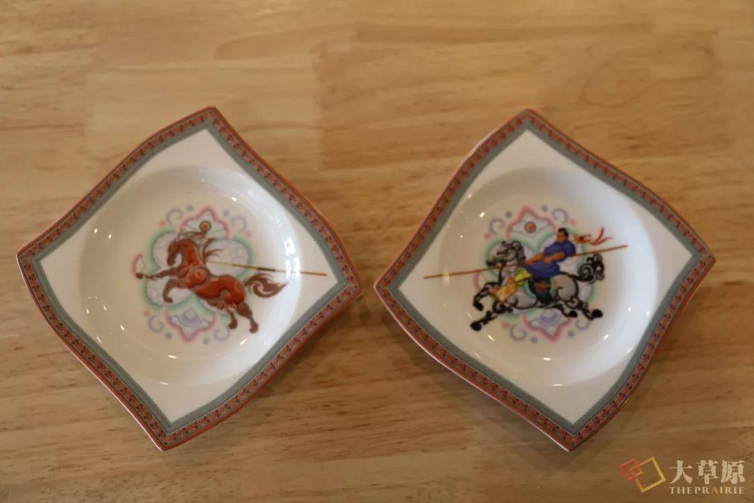 蒙古族特色瓷器如何兼具功能性和审美性?听设计师细细道来 第11张