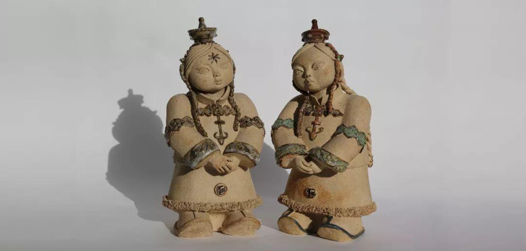 没有草稿一次成型,追求工匠精神的她将生命的活力注入蒙古特色陶艺作品中 第5张