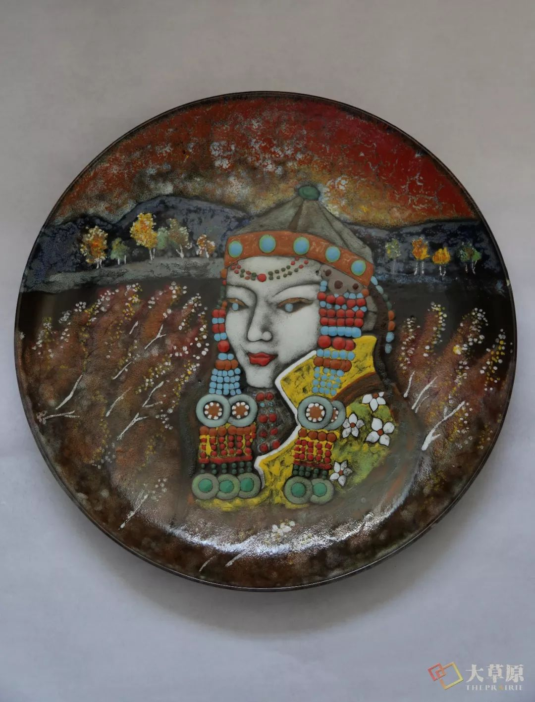 没有草稿一次成型,追求工匠精神的她将生命的活力注入蒙古特色陶艺作品中 第8张