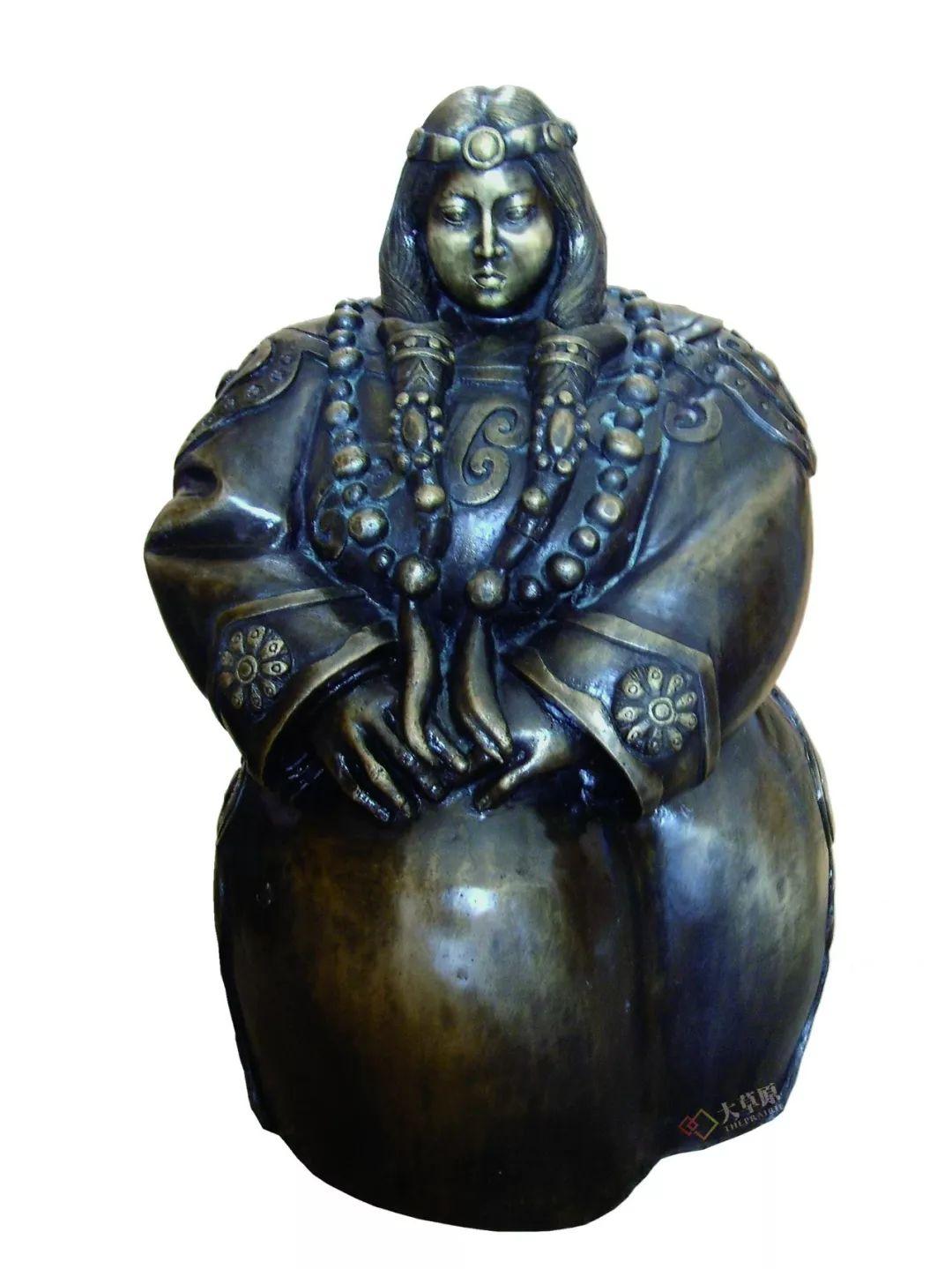 没有草稿一次成型,追求工匠精神的她将生命的活力注入蒙古特色陶艺作品中 第7张