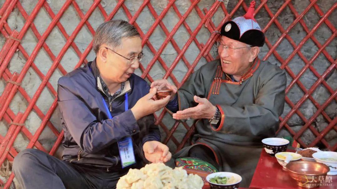 内蒙古味道 | 他用16年时间,致力于把蒙餐打造成中国第九大菜系 第7张