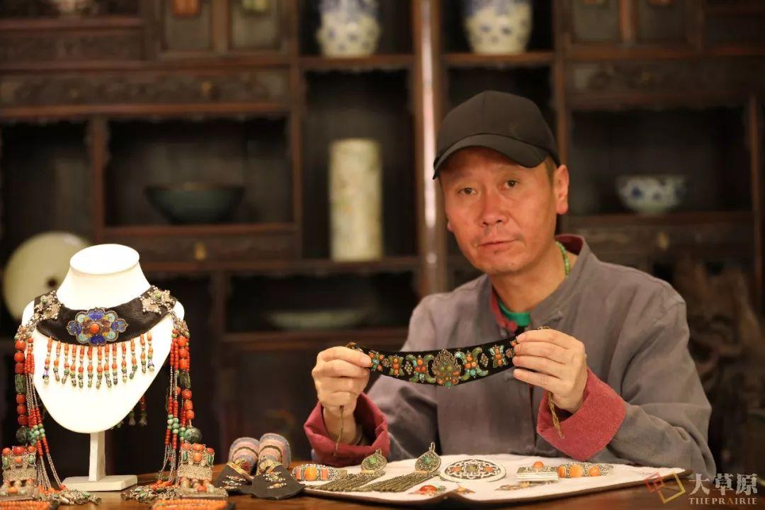 原来蒙古族妇女的头饰,就是蒙古族女人的一生 第4张