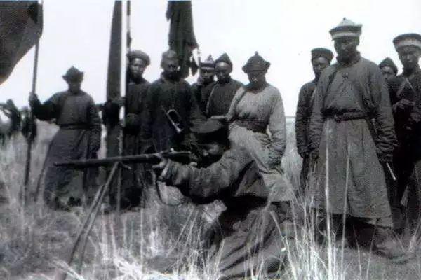 蒙古黑喇嘛:古丝绸之路上最暴虐的传奇人物 第6张