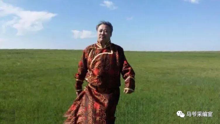 独家||走进联合国大堂个人书法展蒙古族书法家第一人苏伦·巴特尔 第1张