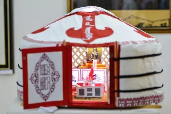 【草原文明】第21届蒙古国最佳旧蒙文书法家评选出炉 第6张