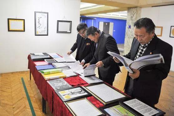 【草原文明】第21届蒙古国最佳旧蒙文书法家评选出炉 第7张