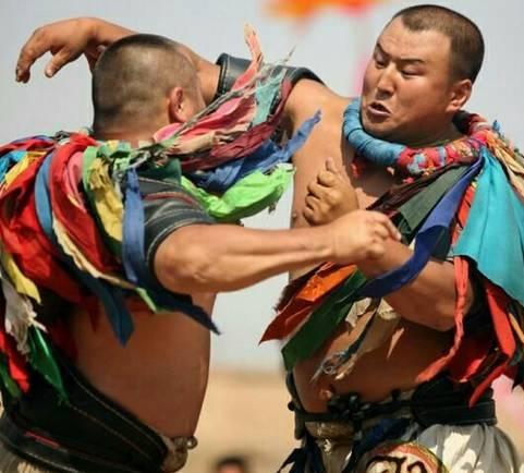 蒙古摔跤的彪悍历史 第9张