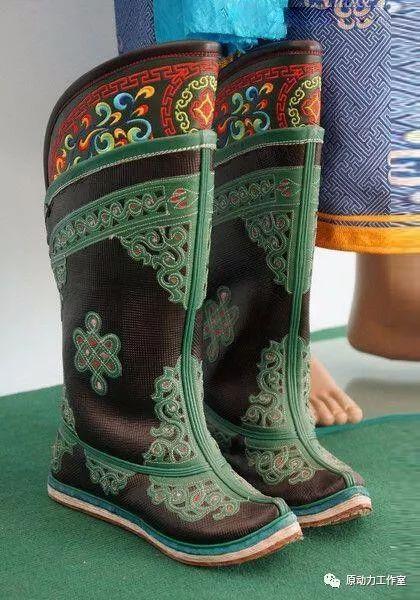 模型中级篇01—蒙古长靴 第5张