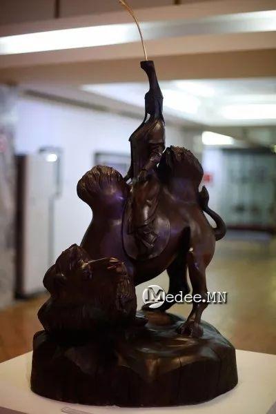 """蒙古国""""Toi-2017""""雕刻家雕刻作品会展 第3张"""