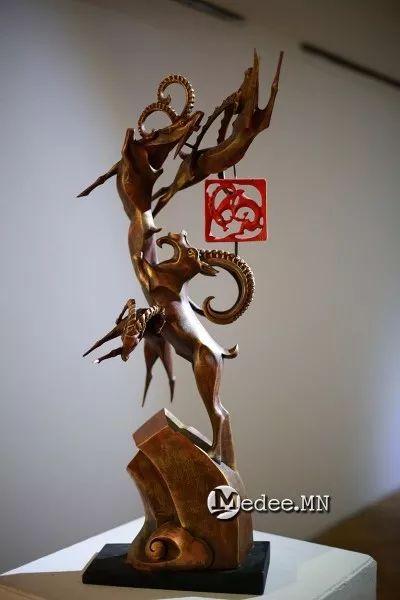 """蒙古国""""Toi-2017""""雕刻家雕刻作品会展 第2张"""