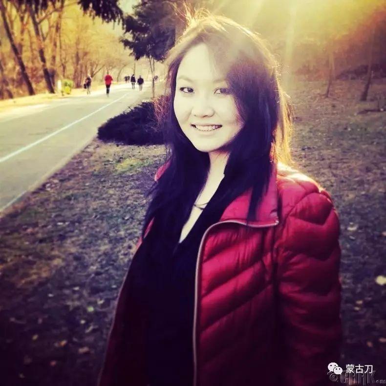 蒙古国美女5 第3张