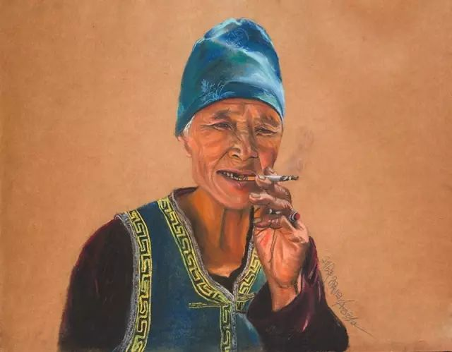 蒙古族美女阿紫亚为额吉绘画的过程,真心了不起 第2张