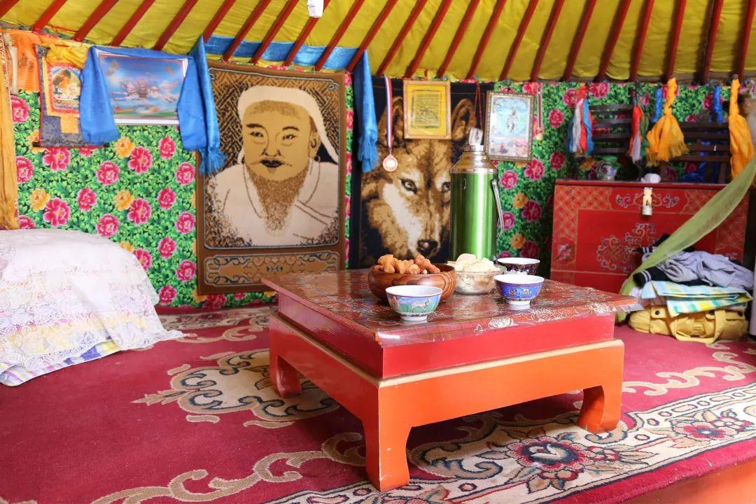 内蒙古建筑中的装饰趣味_蒙古文化_蒙古元素