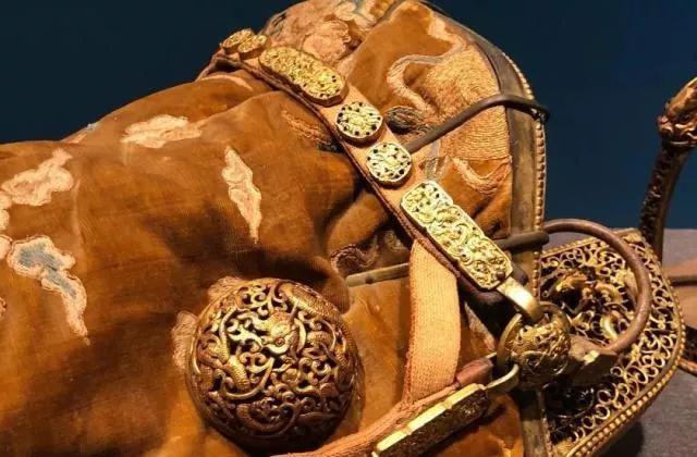 雪漠玲珑:喜马拉雅与蒙古珍品特展下篇——无极斋分享 第12张